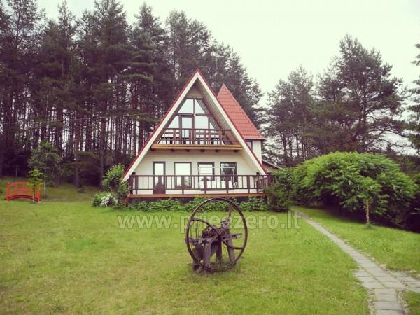 Maz māja  in Trakai rajonā pie ezera Vilkoksniai - 1