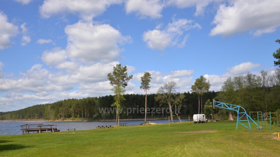 Dzīvokļi, istabas brīvdienu mājas, kempingi pie ezera - 9