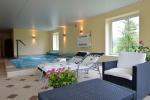 Villa Viesų krantas pie ezera tuvumā Trakai: brīvdienu mājas, dzīvokļi, saunas un baseins