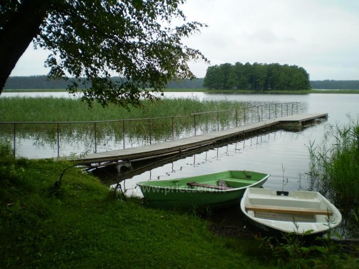 Brīvdienu māja sētā uz ezera krastā Vyšnia - 15