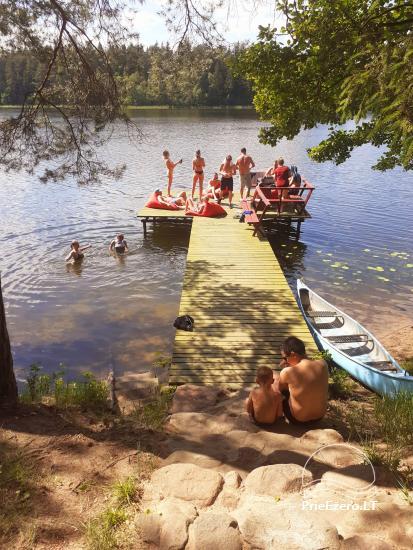 Ilona ir sēta ezera krastā - 3