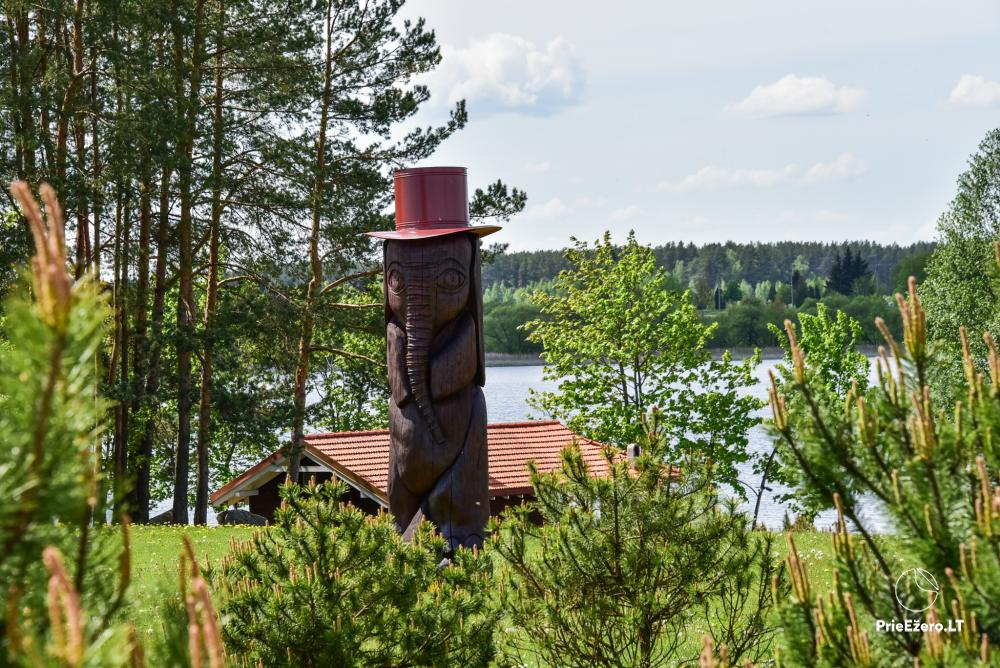 Māja uz ezera krastu: istabas, banketu zāle 30 personām, pirts, kajaki - 14
