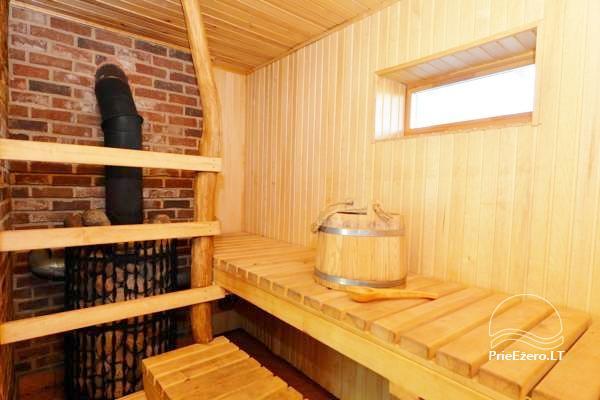 Māja uz ezera krastu: istabas, banketu zāle 30 personām, pirts, kajaki - 28