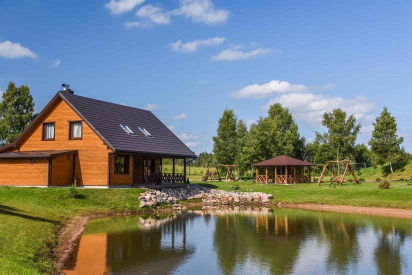Viensēta Irvita in Plunges jomā ar banketu zāli, pirti, guļamistabām, mājiņām - 6