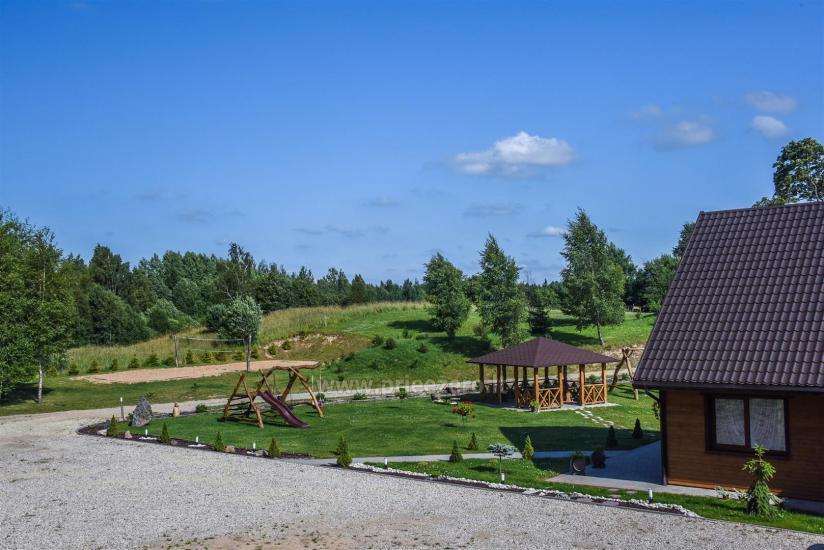 Viensēta Irvita in Plunges jomā ar banketu zāli, pirti, guļamistabām, mājiņām - 12