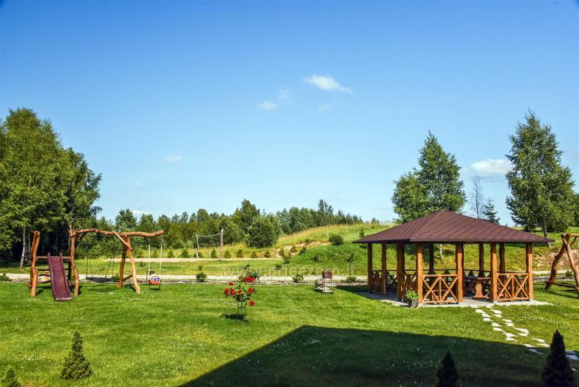 Viensēta Irvita in Plunges jomā ar banketu zāli, pirti, guļamistabām, mājiņām - 14