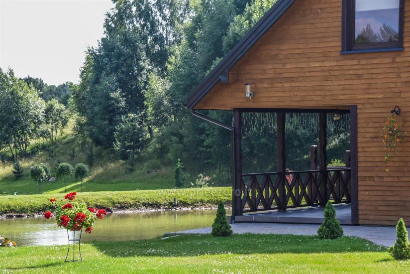 Viensēta Irvita in Plunges jomā ar banketu zāli, pirti, guļamistabām, mājiņām - 13