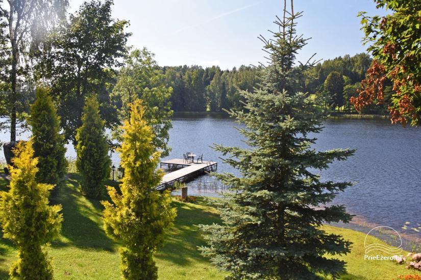 Lauku sēta pie ezera: kajaki, sauna, tenisa korts, laivas - 18
