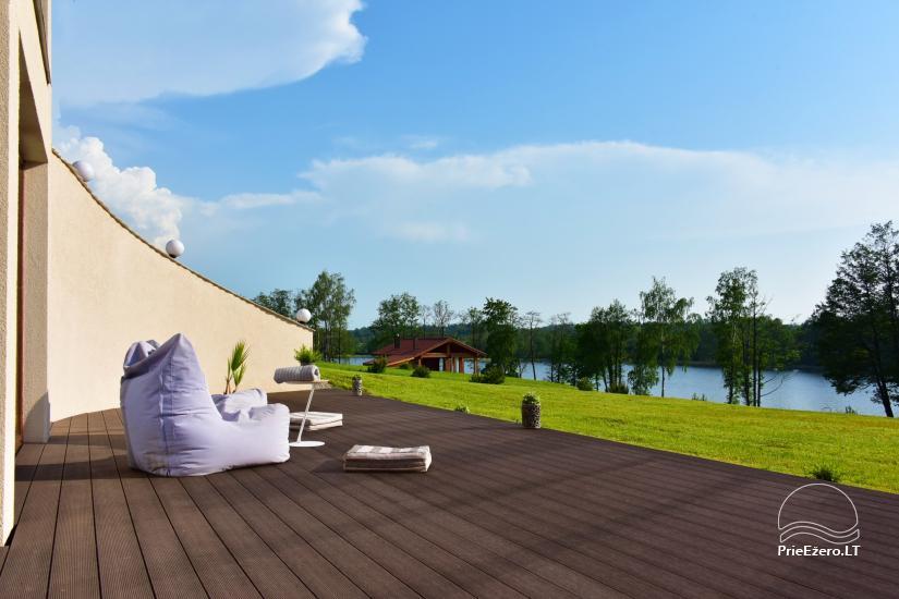 Lauku sēta pie ezera: kajaki, sauna, tenisa korts, laivas - 28