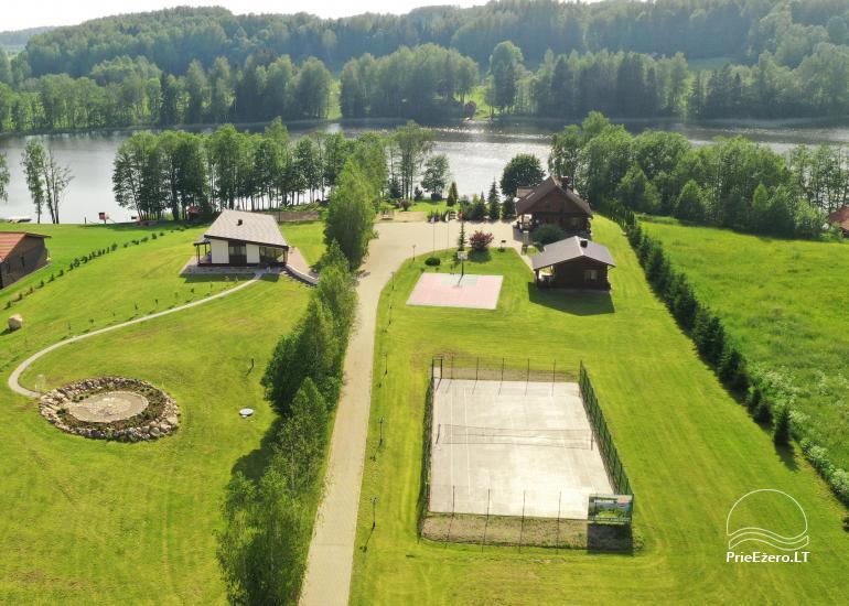 Lauku sēta pie ezera: kajaki, sauna, tenisa korts, laivas - 4