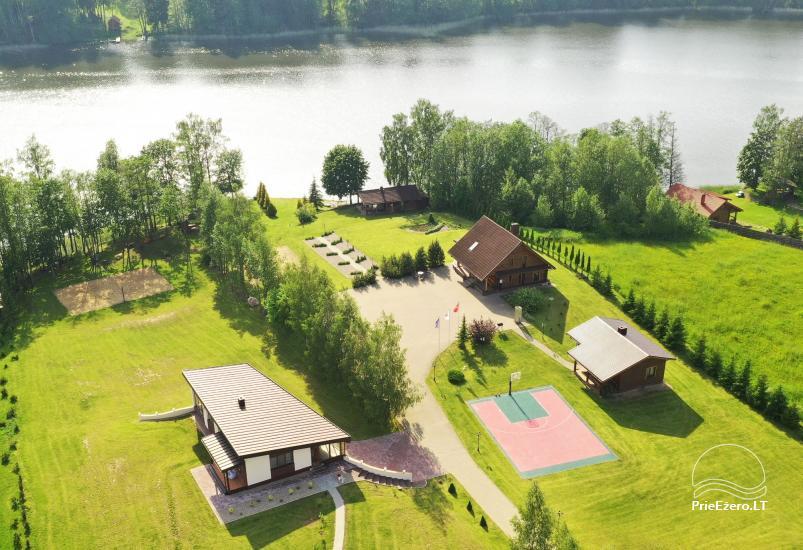 Lauku sēta pie ezera: kajaki, sauna, tenisa korts, laivas - 5