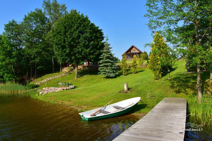 Lauku sēta pie ezera: kajaki, sauna, tenisa korts, laivas - 15