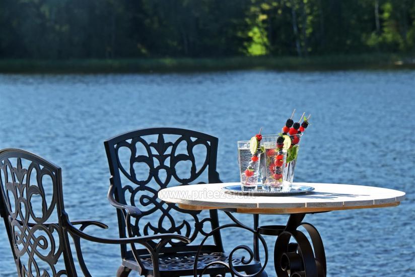 Lauku sēta pie ezera: kajaki, sauna, tenisa korts, laivas - 12