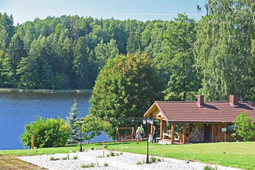 Lauku sēta pie ezera: kajaki, sauna, tenisa korts, laivas - 20