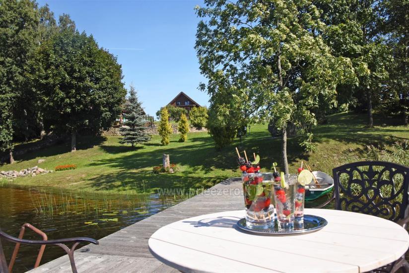Lauku sēta pie ezera: kajaki, sauna, tenisa korts, laivas - 9