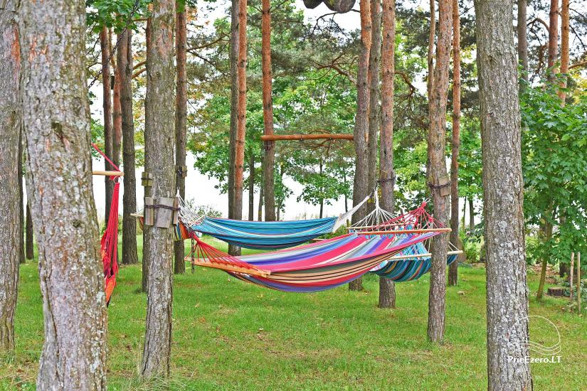 Brīvdienu māja diviem ar saunu ezera krastā, sēta Pas Drambliuką - 9