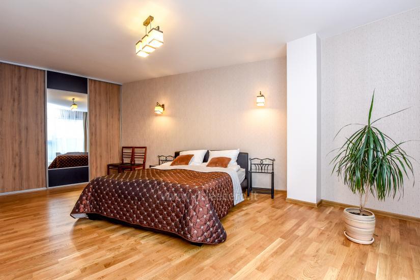 67 kvm. Jaunā divu istabu dzīvoklis Druskupio in Birstonas: pirmajā stāvā, terase - 1