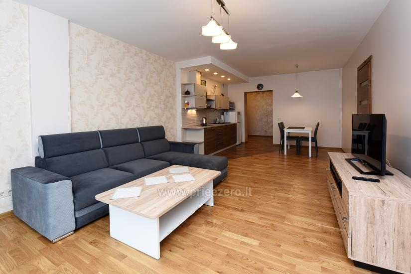 67 kvm. Jaunā divu istabu dzīvoklis Druskupio in Birstonas: pirmajā stāvā, terase - 7