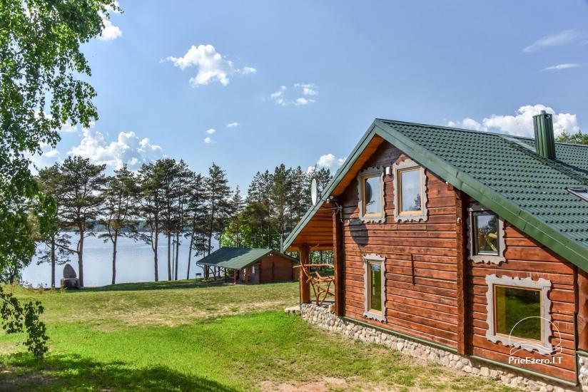 Lauku sēta Vencavas ezera krastā - 1