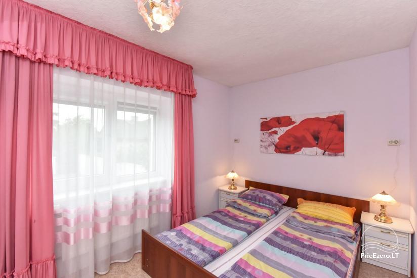 Otrais divstāvu māja ar 2 guļamistabām un lielu dzīvojamo istabu