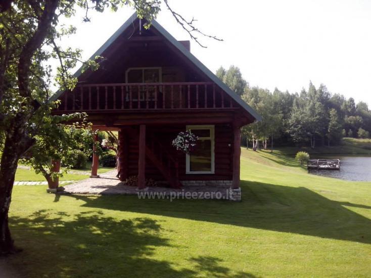 Lauku sēta tuvu Plateliai ezera Lietuvā - 2