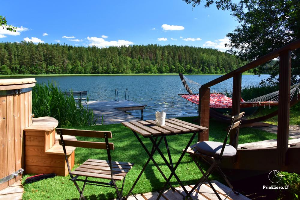 Atpūtas pie ezera Zeimenis Lietuvā - 1