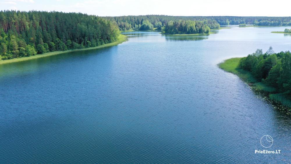 Atpūtas pie ezera Zeimenis Lietuvā - 6