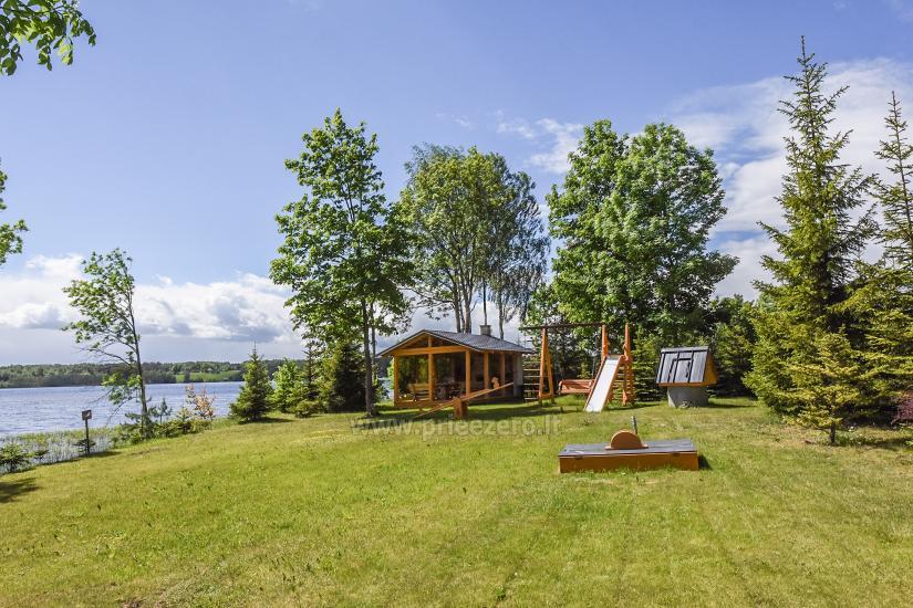 Lauku sēta pie ezera Virintu Lietuvā - 4
