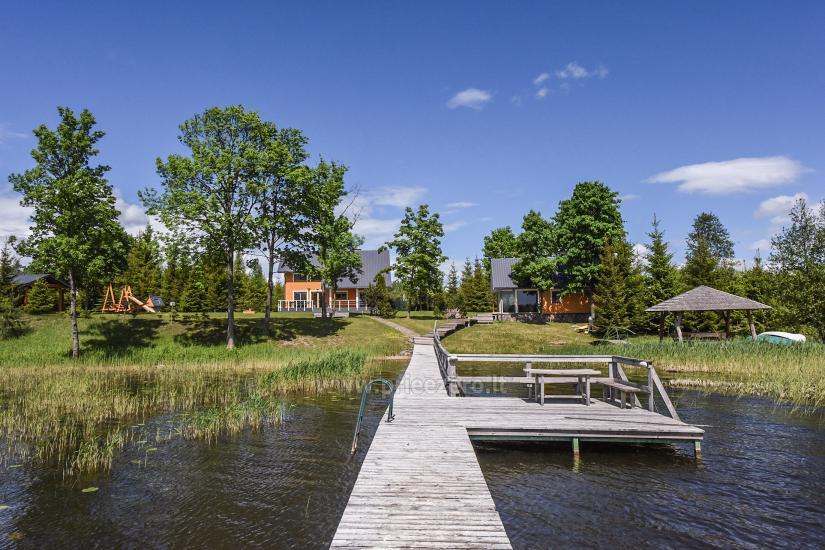 Lauku sēta pie ezera Virintu Lietuvā - 5