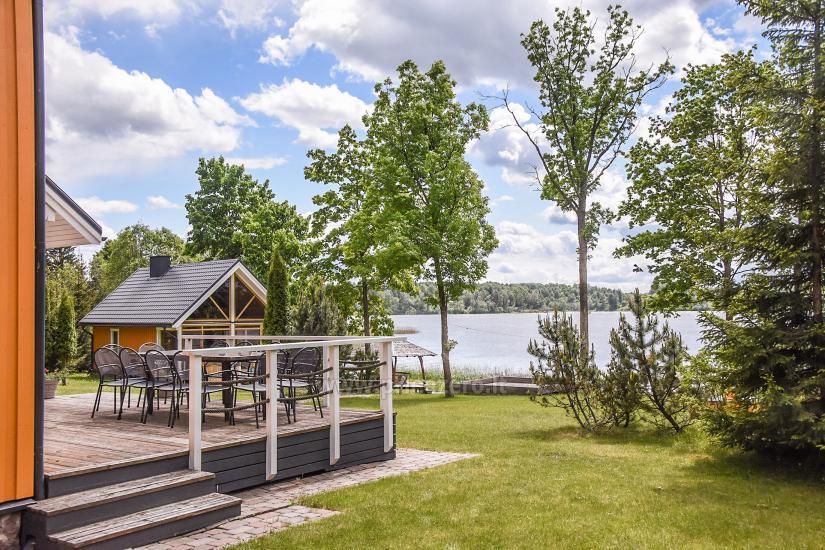 Lauku sēta pie ezera Virintu Lietuvā - 7