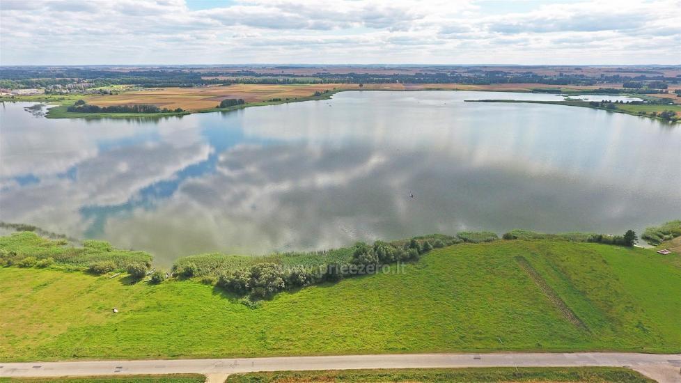 Lauku sēta pie ezera Vilkaviskio reģionā, Lietuvā - 62