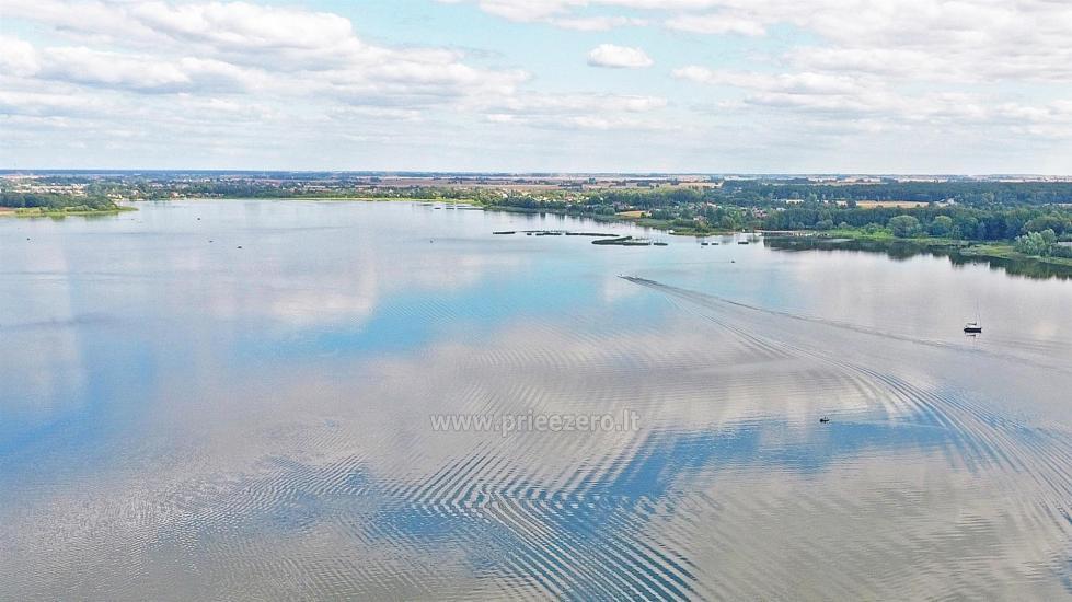 Lauku sēta pie ezera Vilkaviskio reģionā, Lietuvā - 63