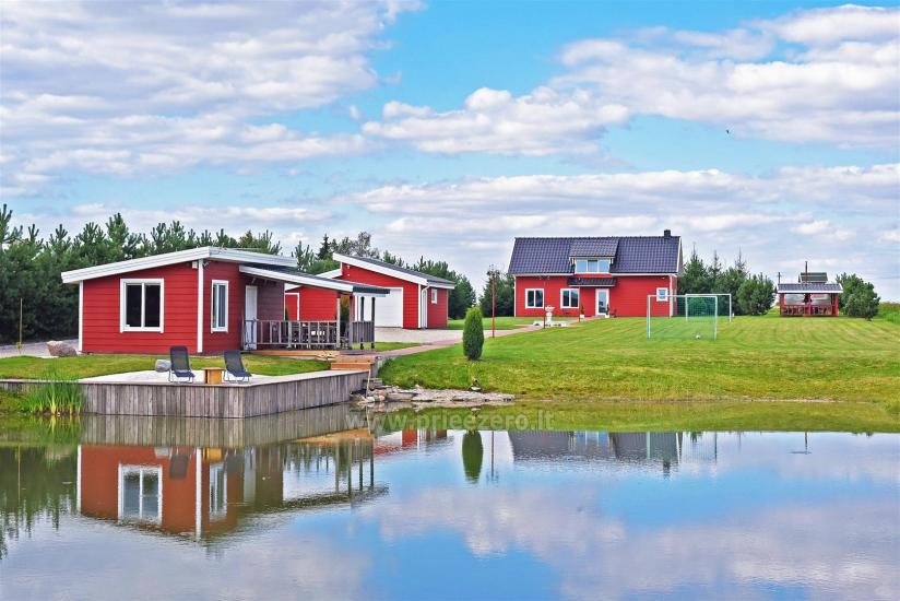 Lauku sēta pie ezera Vilkaviskio reģionā, Lietuvā - 1