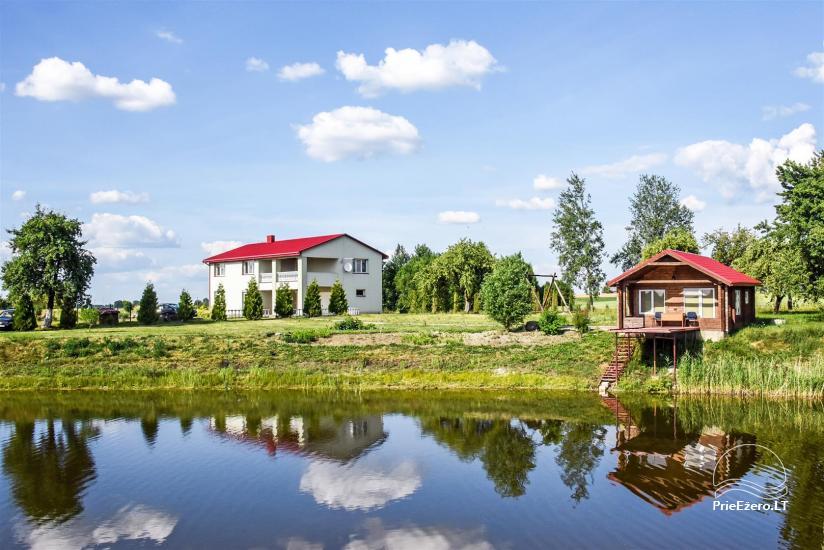 Lauku sēta ezera krastā Ukmerģē reģionā, Lietuvā - 2