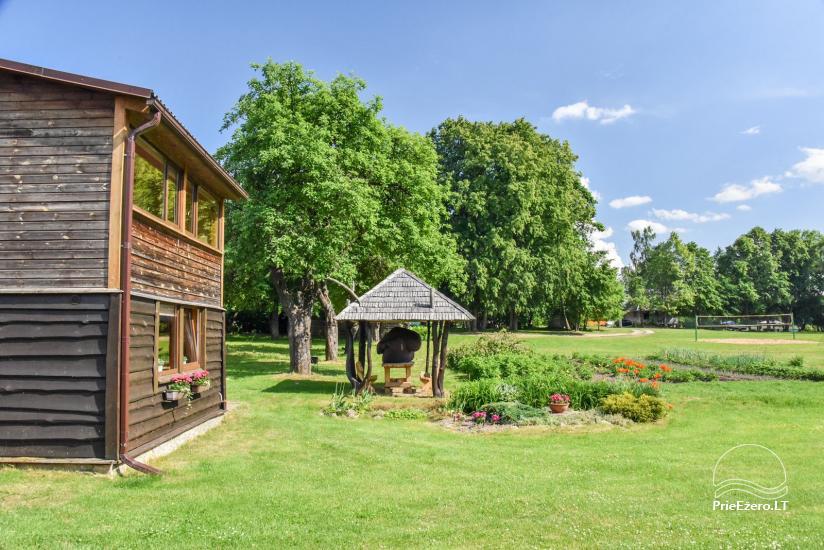 Lauku sēta pie ezera Ignalinas rajonā, Lietuvā - 3