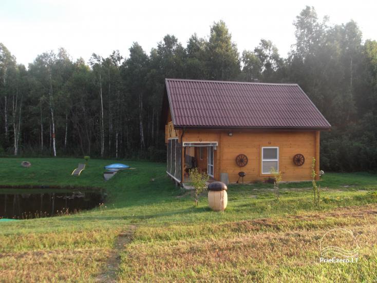Lauku sēta Tuvumā dīķī Lietuvā - 1