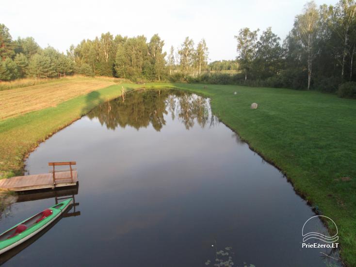 Lauku sēta Tuvumā dīķī Lietuvā - 2