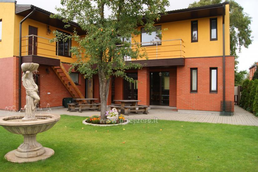 Māja ar pirti, banketu zāli netālu no Baltijas jūras un ezeru - 1