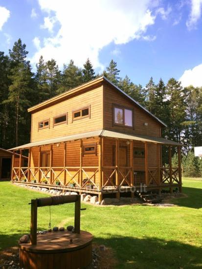 Lauku sēta, ko ieskauj meži Meža lauku māja - 4
