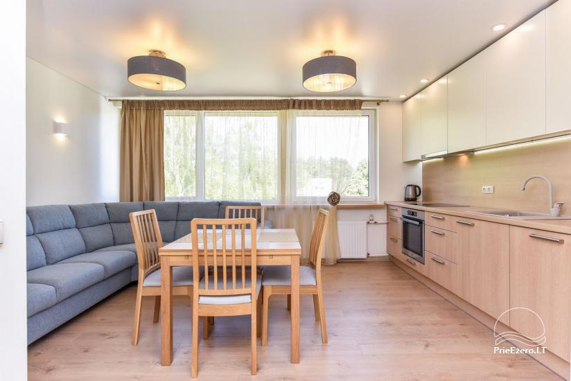 Divu un trīs istabu dzīvoklis Druskininkos - 1