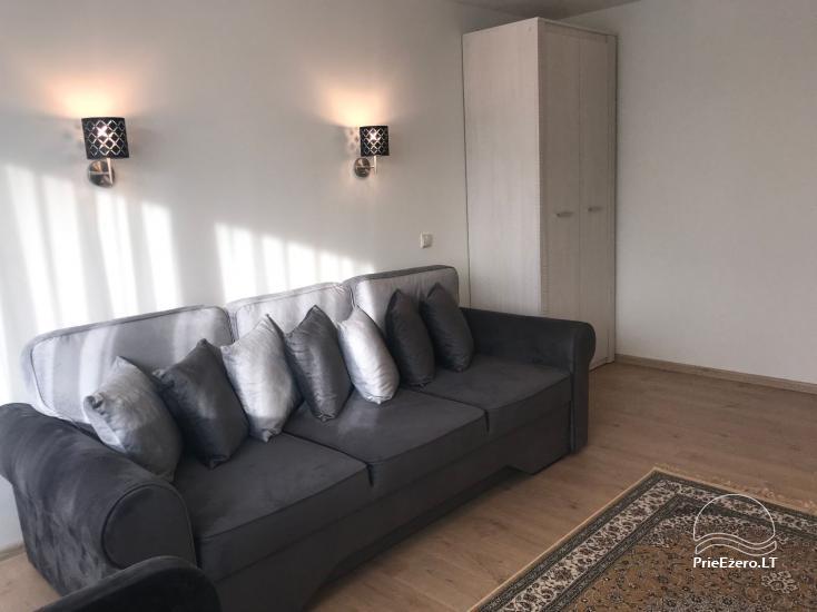 Divu un trīs istabu dzīvoklis Druskininkos - 25