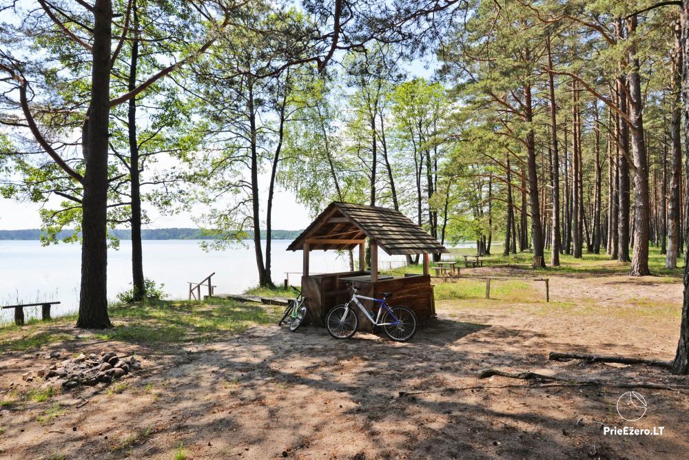 Kempings pie ezera Lavyso - 14