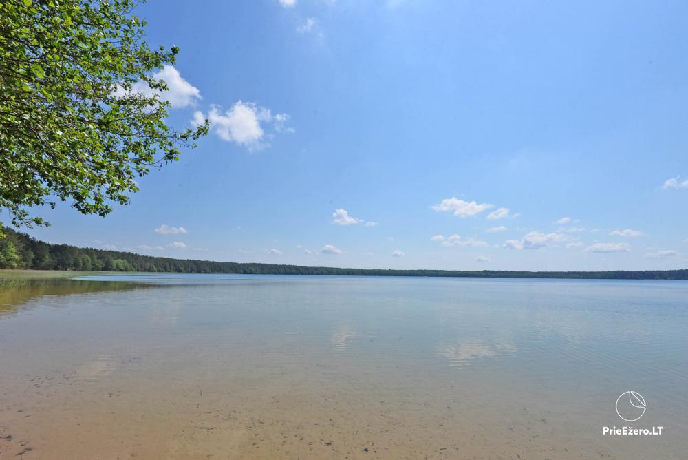 Kempings pie ezera Lavyso - 9