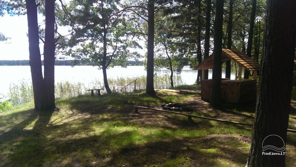 Kempings pie ezera Lavyso - 5