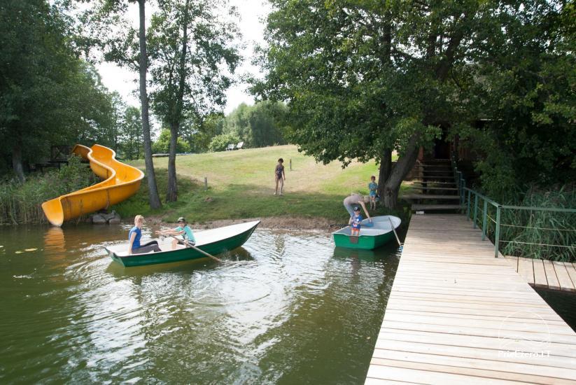 Viensēta pie ezera, kas Svencioniai jomā Labanoro Dūda - 10