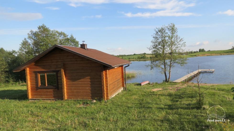 Lauku sēta pie ezera Lietuvā - 5