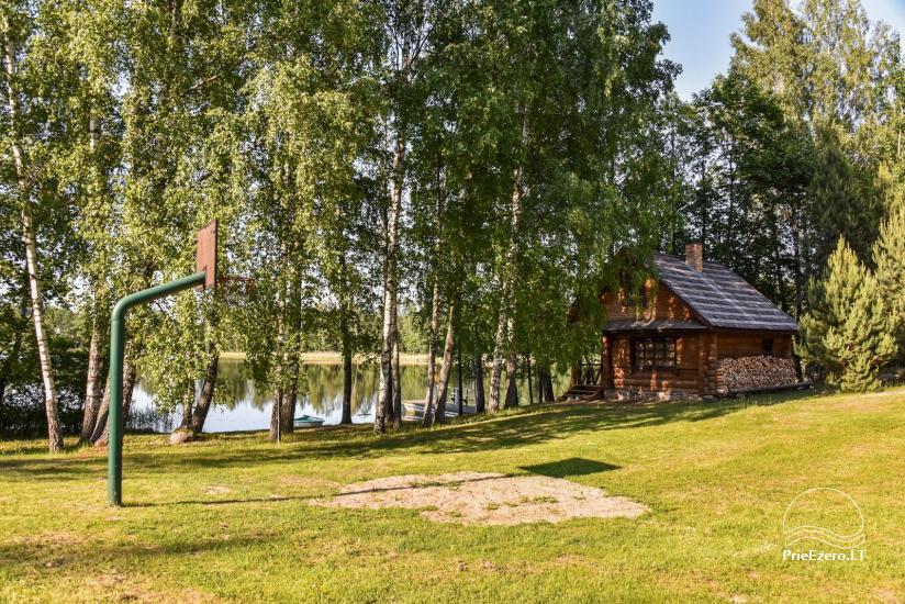 Guļbūve - villa un sauna pie Auslo ezera Zarasu rajonā - sēta AUSLA - 42