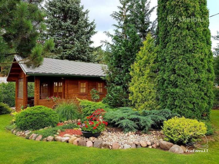 Neliela eko māja pārim vai ģimenei mājīgā dārzā - 1