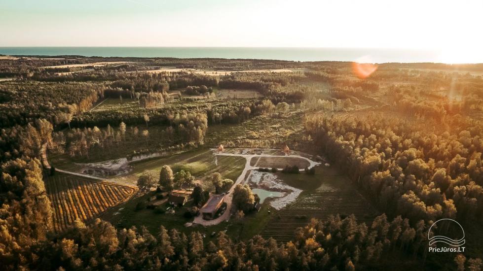 Izīrē guļbūves māju Jūrkalnē, Ventspils rajonā Meža SPA & Apartments - 2