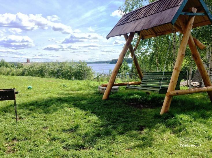 Tiek izīrētas nelielas brīvdienu mājas Molētu reģionā pie ezera - 7